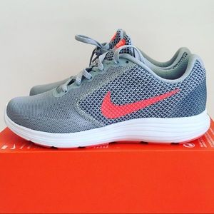 NEW Nike Women's Running Shoes Sz. 10 W